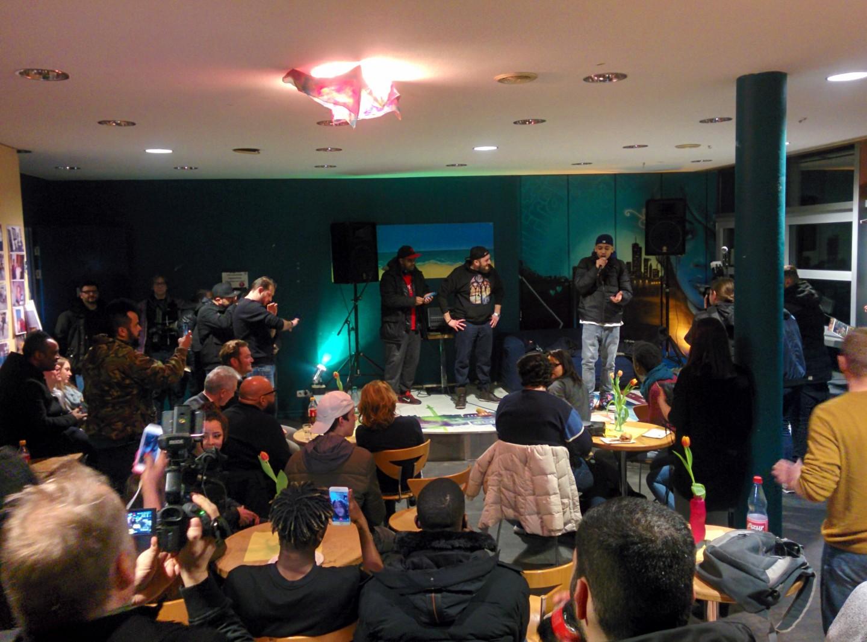 Spontane Rap Session im Jugendhaus Heideplatz