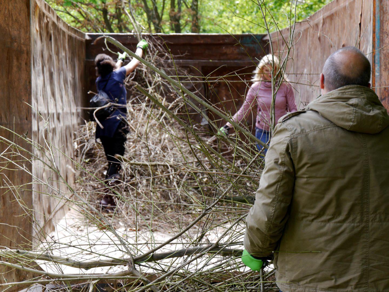 Gartenarbeiten Kinderhaus am Buegel (10)