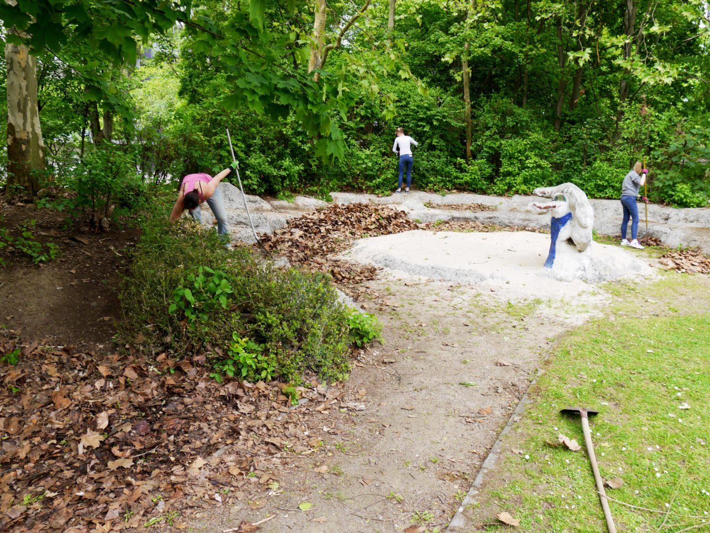 Gartenarbeiten Kinderhaus am Buegel (27)