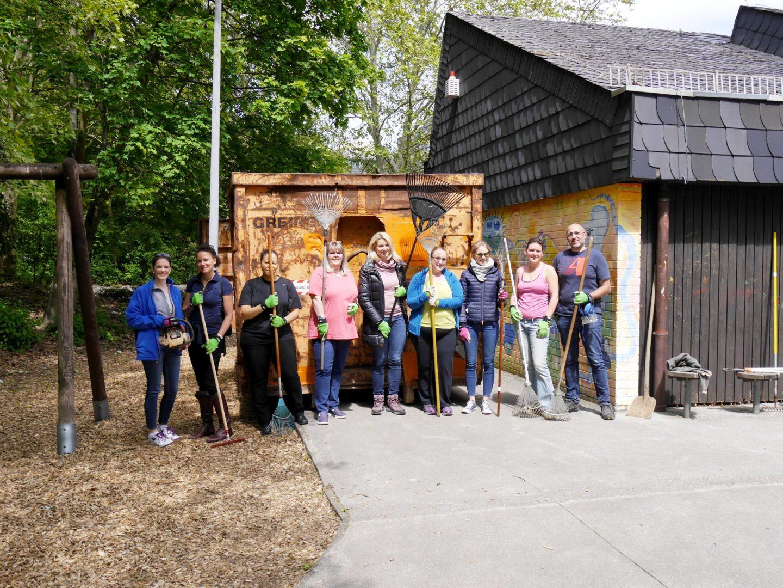 Gartenarbeiten Kinderhaus am Buegel (36)